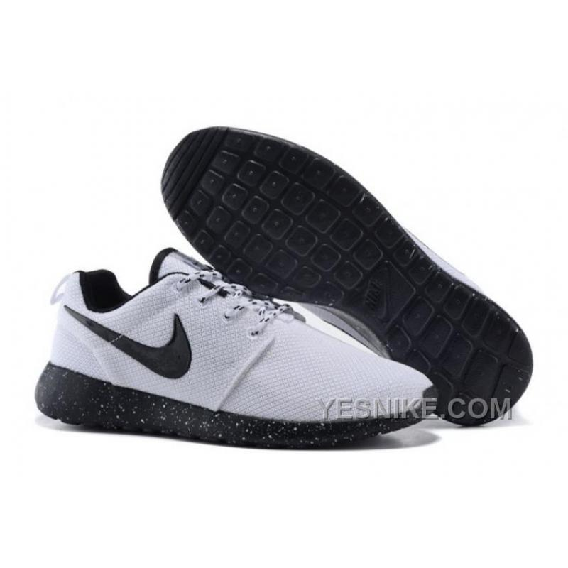 37182230a288 Big Discount ! 66% OFF! NIKE ROSHE RUN ONE SUEDE Mens Midnight Navy ...
