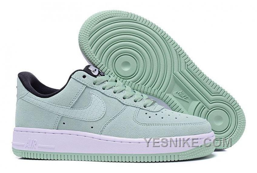 Nike Air Force 1 Low | Sole Collector